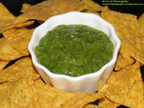salsa-verde-with-green-tomatoes