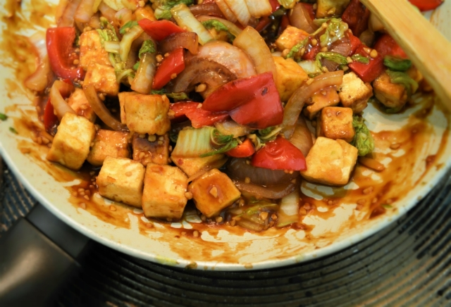 Chilli Tofu #vegan #tofu #vegetarian #stirfry