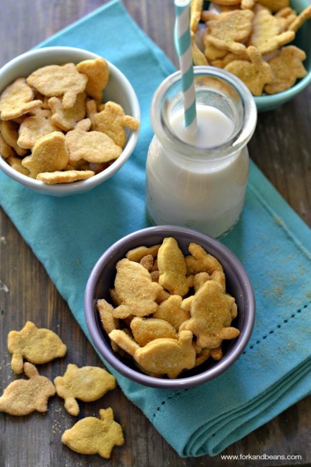 Gluten-free #Vegan Cheezy Bunny Crackers