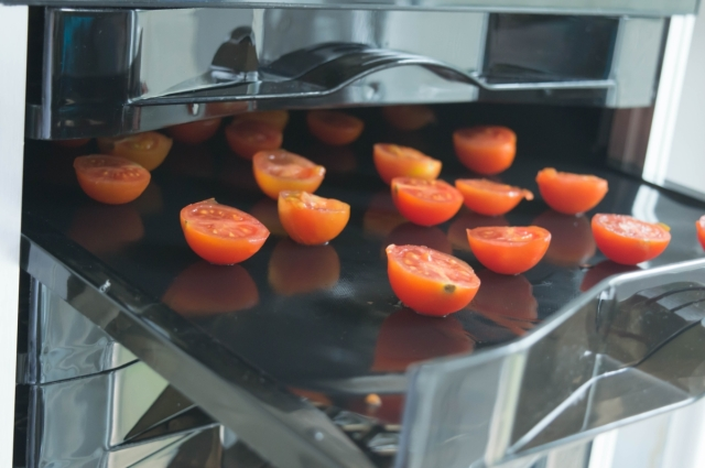 How to Dry Your Own Tomatoes and Mushrooms and the New Optimum P200 Dehydrator Review #vegan #raw