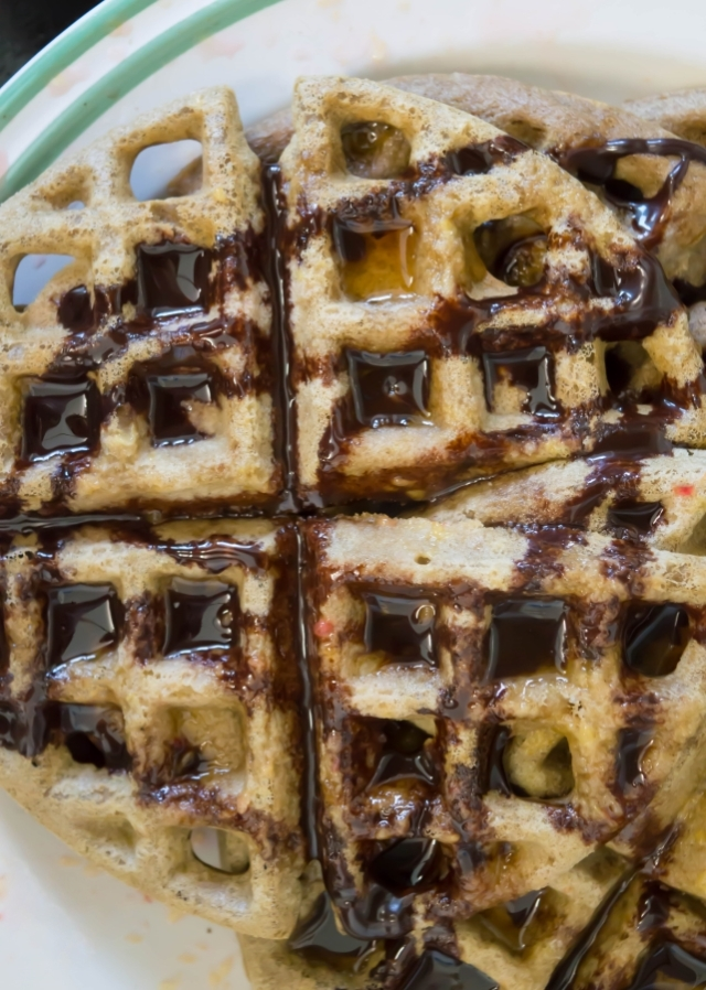 Ginkgo, Orange and Green Tea Buckwheat Waffles #vegan #brunch #breakfast