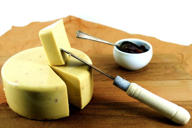Smoked Garlic Vegan Cheese